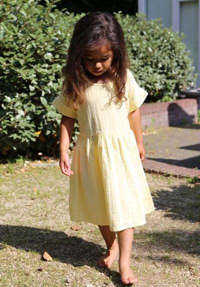 Kleid Kids Daisy Pastel Lemon von Daily Brat