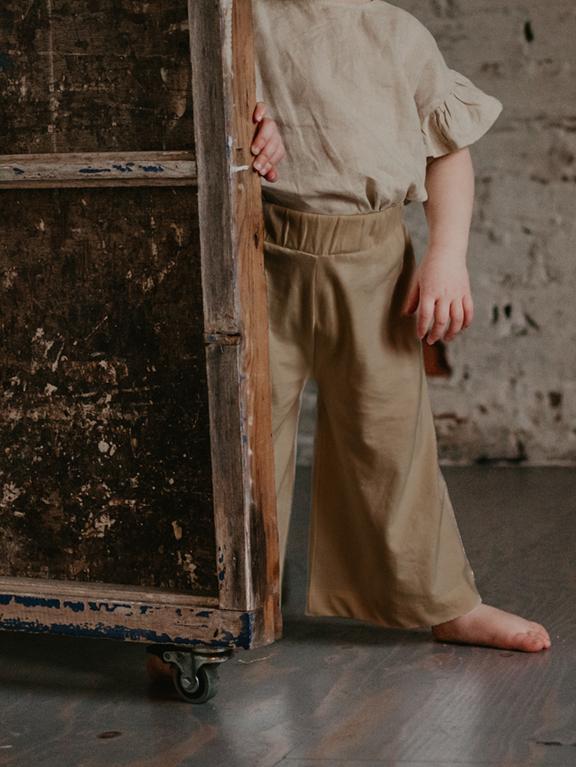 Wide Leg Trouser Camel von The Simple Folk