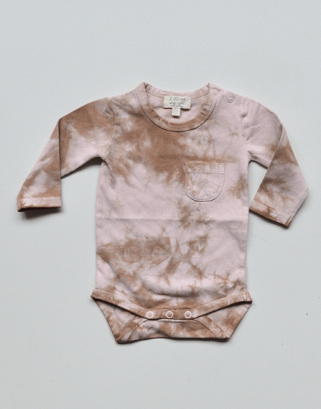 Body Baby Tie-Dye Rose von The Simple Folk