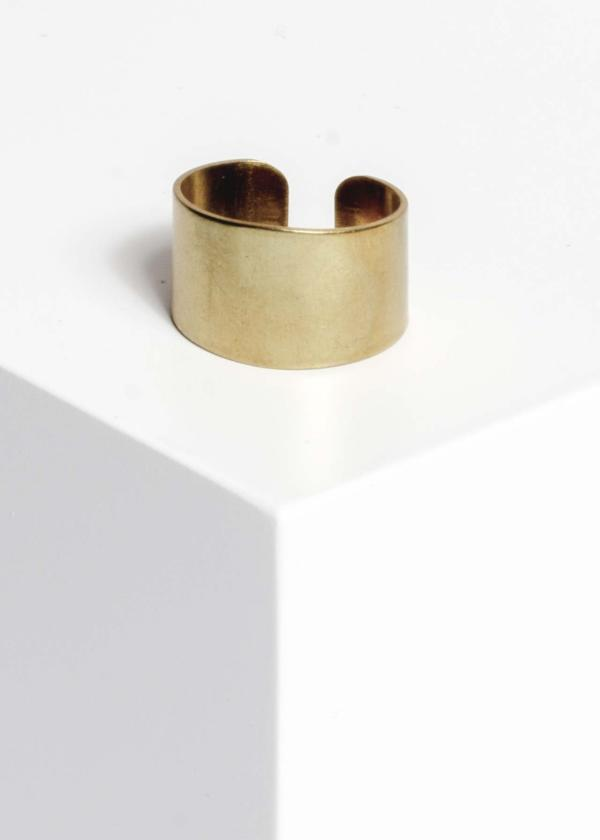 Ring Big Golden von Yoomee