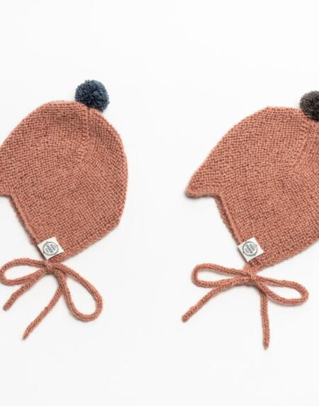 Mütze Baby Nanna & Niels Alpaka Blush von Mini Fabrik