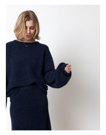 Pullover Basic Billy Deep Navy von LN Knits