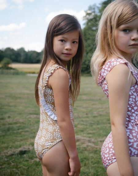 Badekleid Kids Dolly Sandstone von Daily Brat
