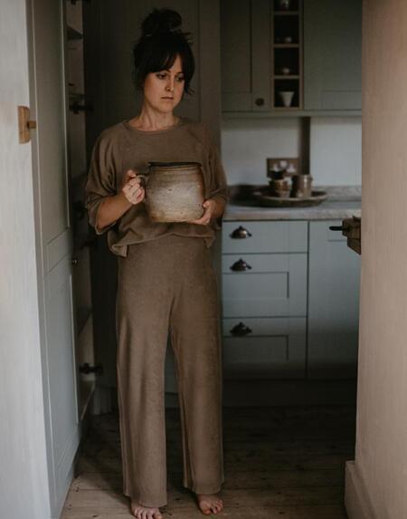 The Wide Leg Terry Trouser Woman Walnut von The Simple Folk