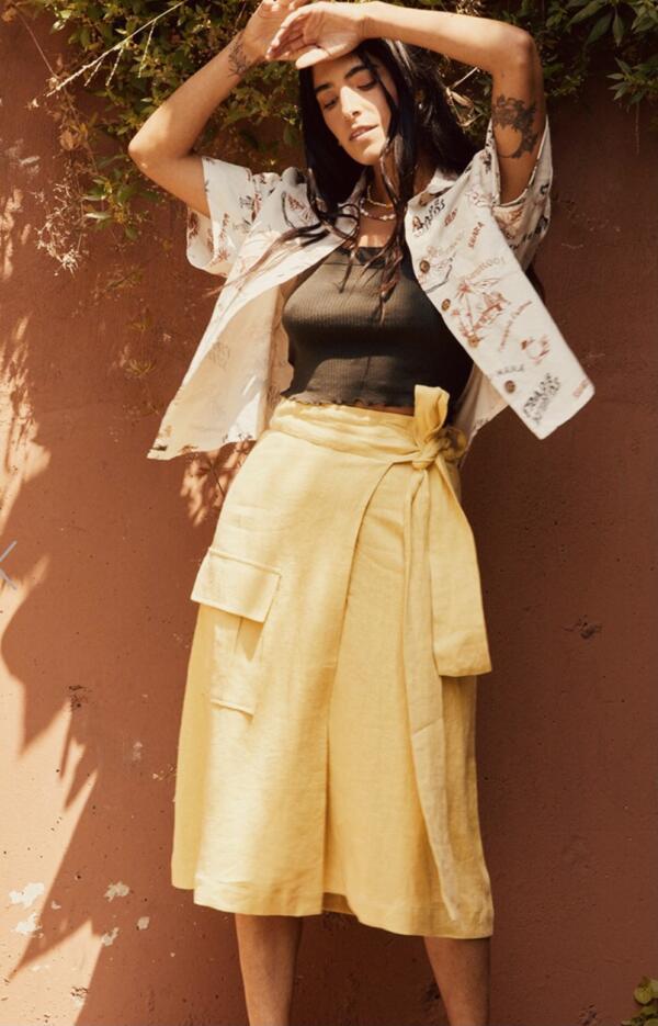 Linen Wrap Cargo Skirt Vanille von Backbeat