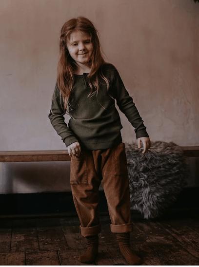 Hosen Kids Corduoy Harem Indigo von The Simple Folk